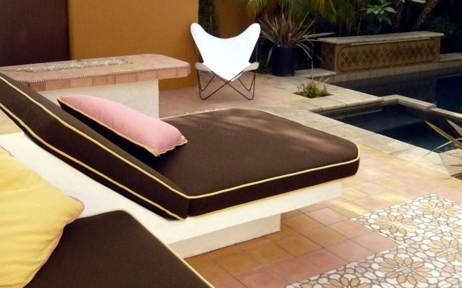 Chaise, spa, and pool