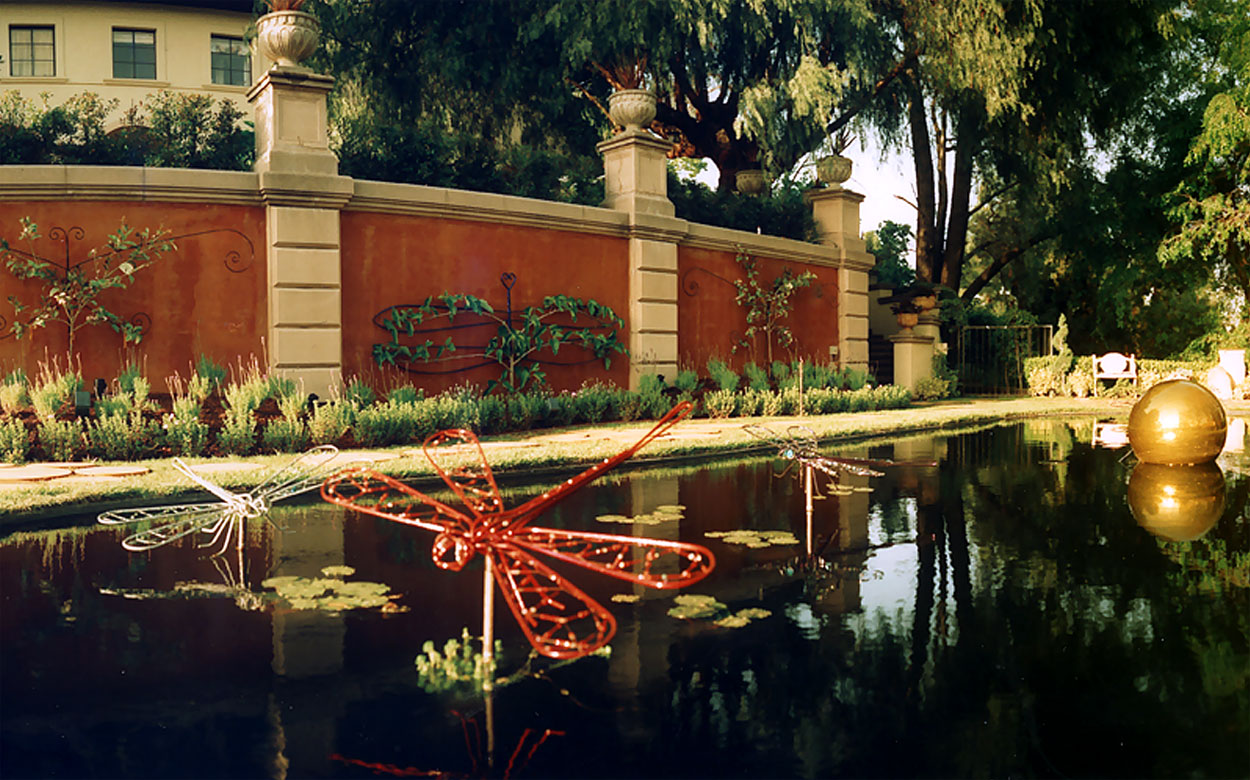 Pasadena Showcase Reflecting Garden: Photo Gallery