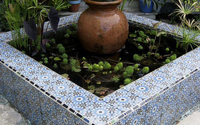 Water garden with Moroccan pot fountain