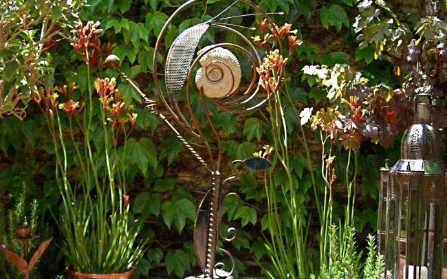 Garden sculpture by Pascal Giacomini