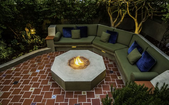Octagonal seating area with fire pit